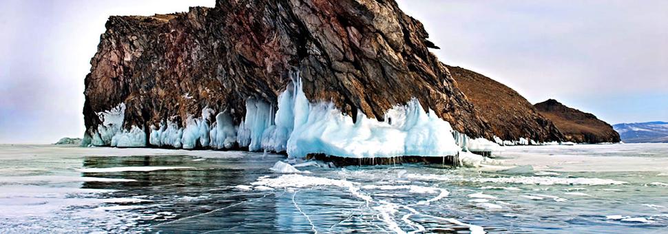 Lagos heladosCon nada más +5 grados de calor duermen lagos con agua de tiempos de la Era de Hielo